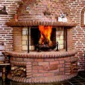 Домашний камин из кирпича